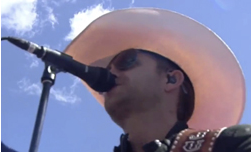 Justin Moore Rolls With Miktek PM9 Microphones At The Brickyard 400 In Indy